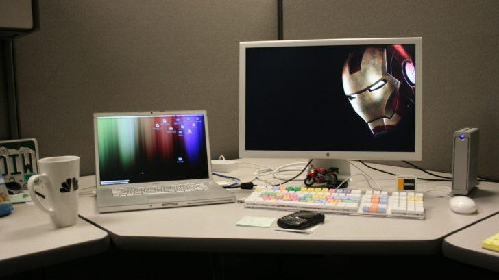 PC fisso con tastiera